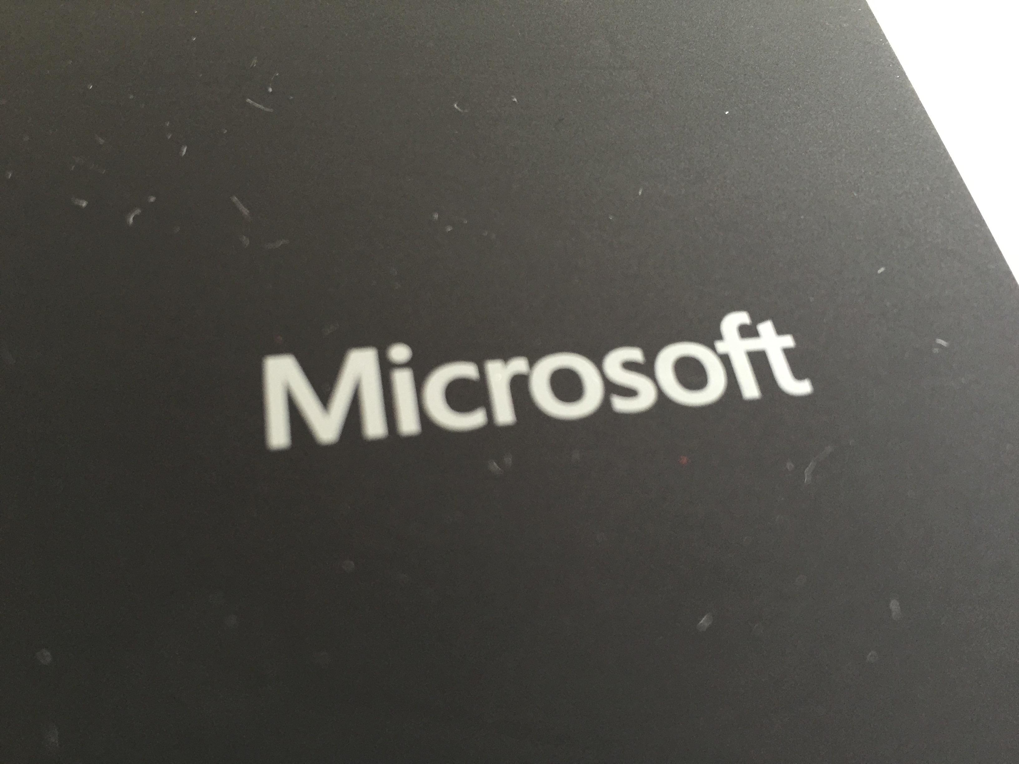 iPadでもなんでもござれなMicrosoft純正Bluetoothキーボード、Universal Mobile Keyboard を購入しました【開封編】