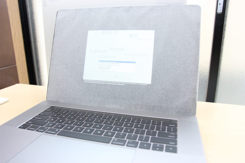 macbookpro-with-touchbar-2016-18