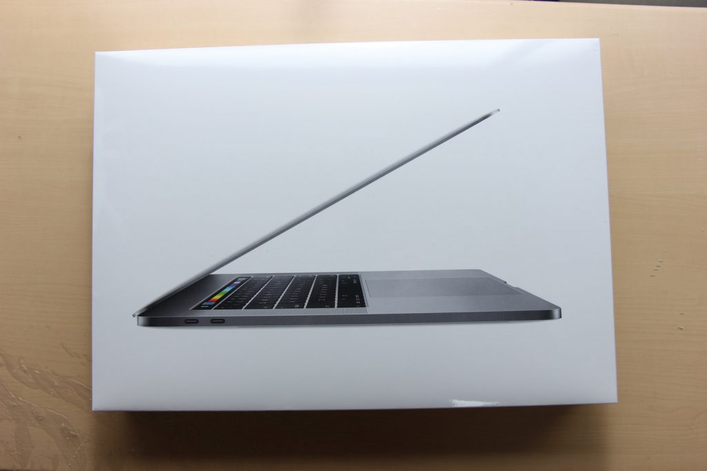 macbookpro-with-touchbar-2016-4